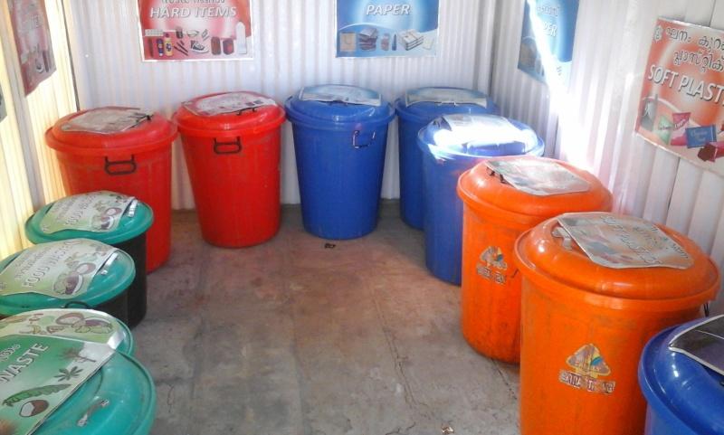 Le recyclage à l'ashram d'Amma 210