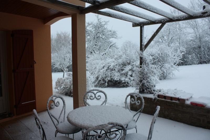 la neige est-elle arrivée chez vous ?  - Page 12 Img_2710
