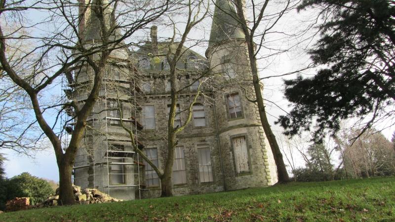 Chateau de Coat an Noz dans les Côtes d'Armor  00410