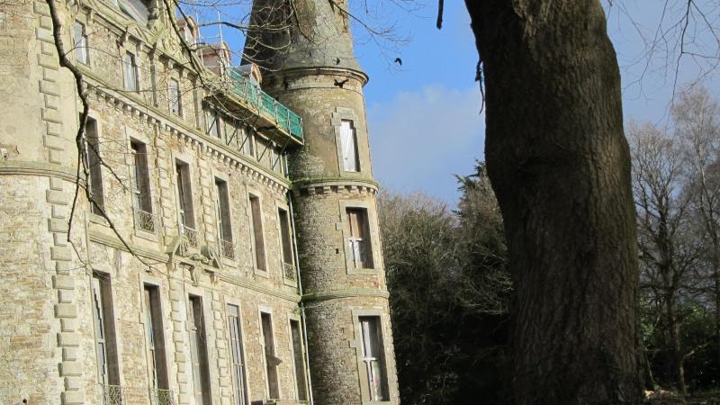 Chateau de Coat an Noz dans les Côtes d'Armor  00510