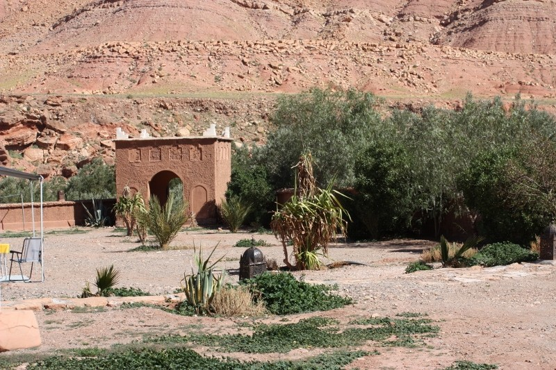 TAMDAKHT : accueil au camping Defat Kasbah (Z6) Img_2631