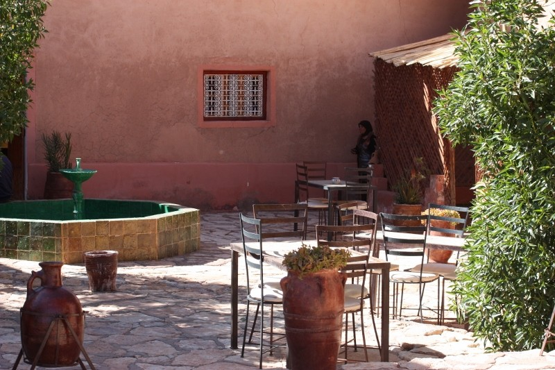 TAMDAKHT : accueil au camping Defat Kasbah (Z6) Img_2634