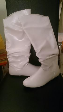 Vends bottes blanches russes Unname10
