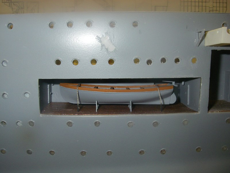 Flugzeugträger Graf Zeppelin 1:100 - Seite 31 Imgp6620