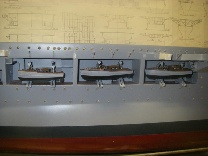 Flugzeugträger Graf Zeppelin 1:100 - Seite 31 Imgp6624