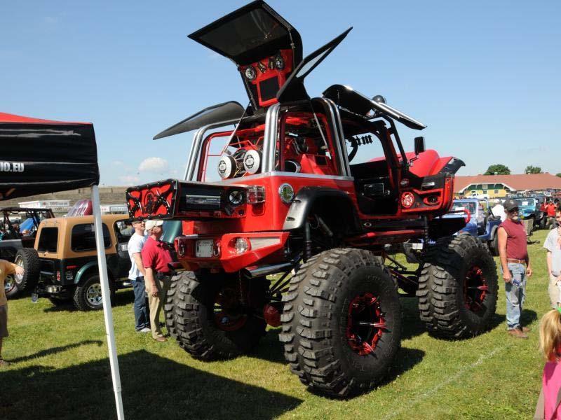 Le Jeep più strane dal mondo, prototipi, versioni uniche e rarità......postiamole quà!!! Mega_j10