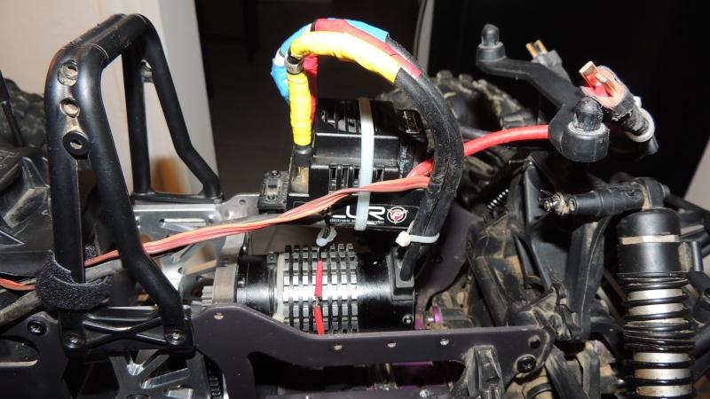Le Flux HP de Gosraider, Kit différentiel central Alza Racing, Combo Castle Mamba X  - Page 4 Dscn3229