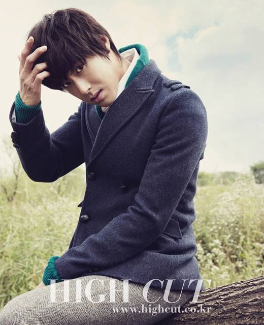 High Cut Magazine 20101012
