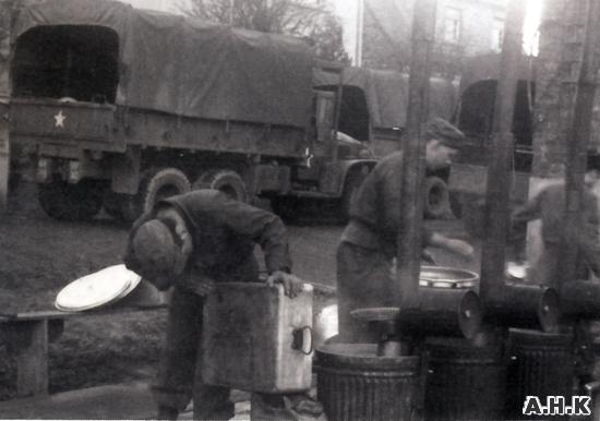 RANGE FIELD M-1937 (fourneau de campagne) Les_am12