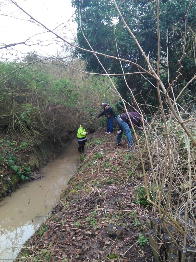 Penton Hook Clean up 28th Feb 2015 *Thank You* Img_2013