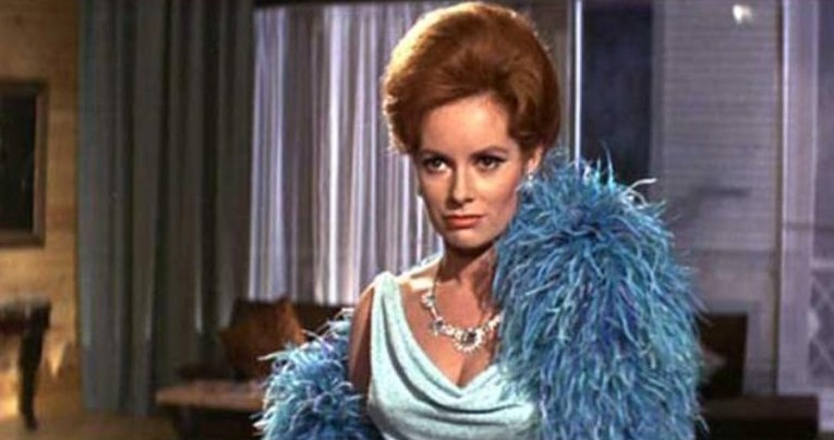 [Actrice]Luciana Paluzzi 2347-l10