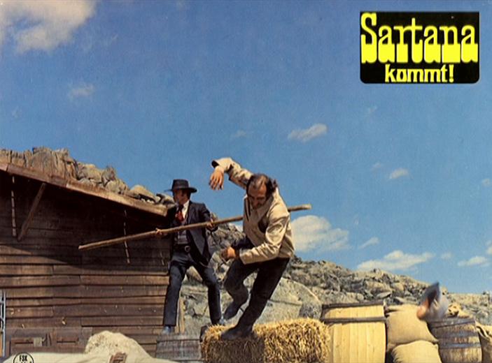 Une trainée de poudre... les pistoleros arrivent ! Una nuvola di polvere... un grido di morte... arriva Sartana de Giuliano Carnimeo, 1971 Arriva20