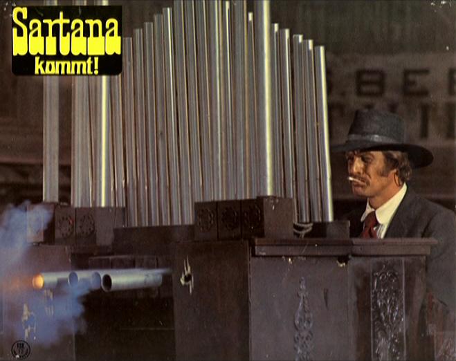 Une trainée de poudre... les pistoleros arrivent ! Una nuvola di polvere... un grido di morte... arriva Sartana de Giuliano Carnimeo, 1971 Arriva22
