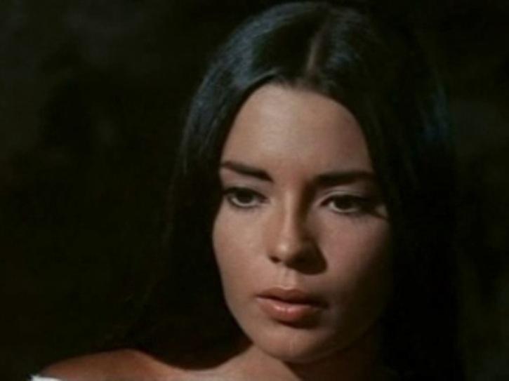 [Actrice] Pilar Velasquez Thunde11