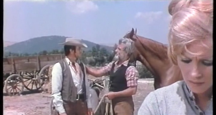 Un fusil pour deux colts ( Voltati ti Uccido ) - 1967 - Alfonso BRESCIA Un_fus10