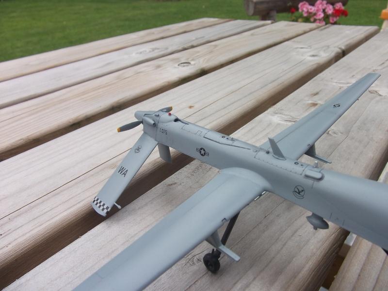 Drone RQ-1 Predator Dscf0330