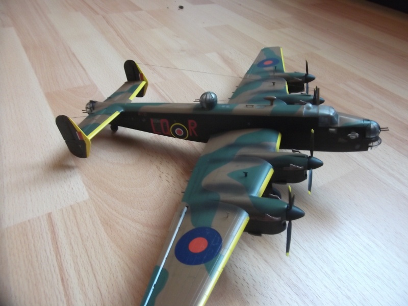 Halifax B Mk.II Revell 1/72° - Page 2 Dscf3310