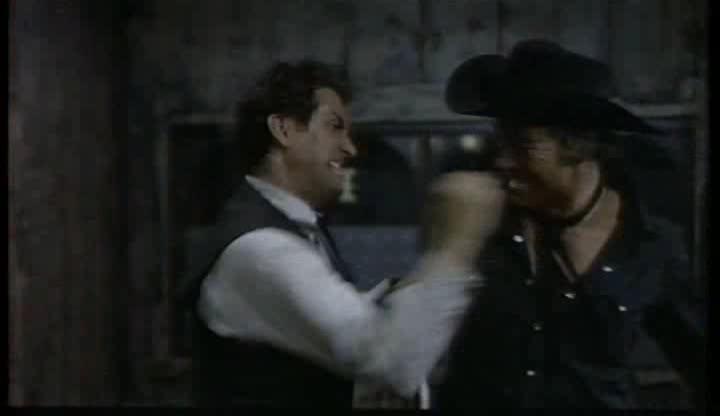 Le shérif ne tire pas . Lo sceriffo che non spara . 1965 . Jose-Luis Monter et Renato Polselli Bat_fr10