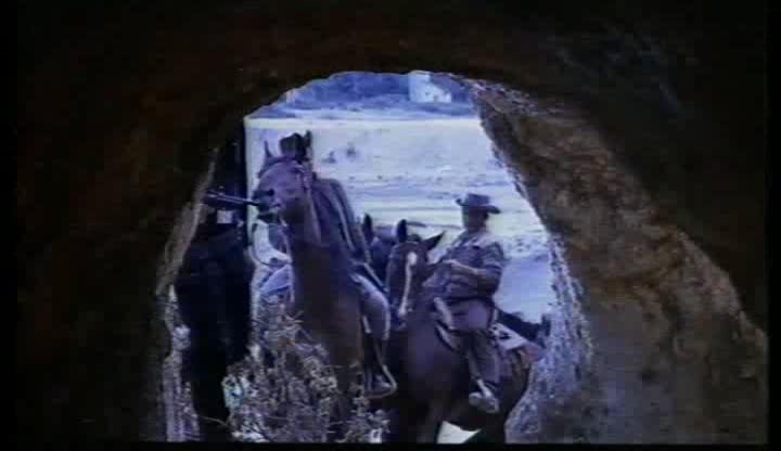 Le shérif ne tire pas . Lo sceriffo che non spara . 1965 . Jose-Luis Monter et Renato Polselli Repere10