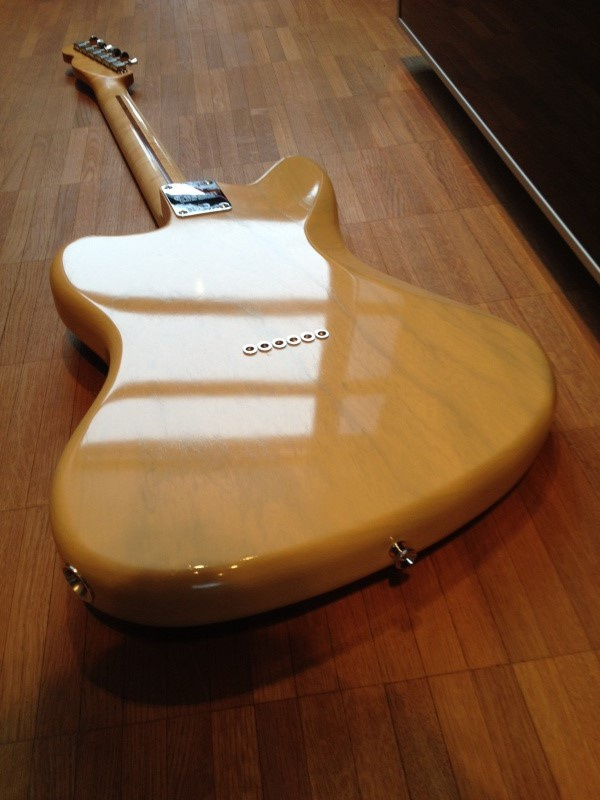 Photos de vos guitares. - Page 38 65910110