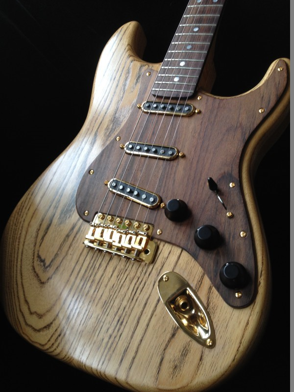 Photos de vos guitares. - Page 38 Wood10