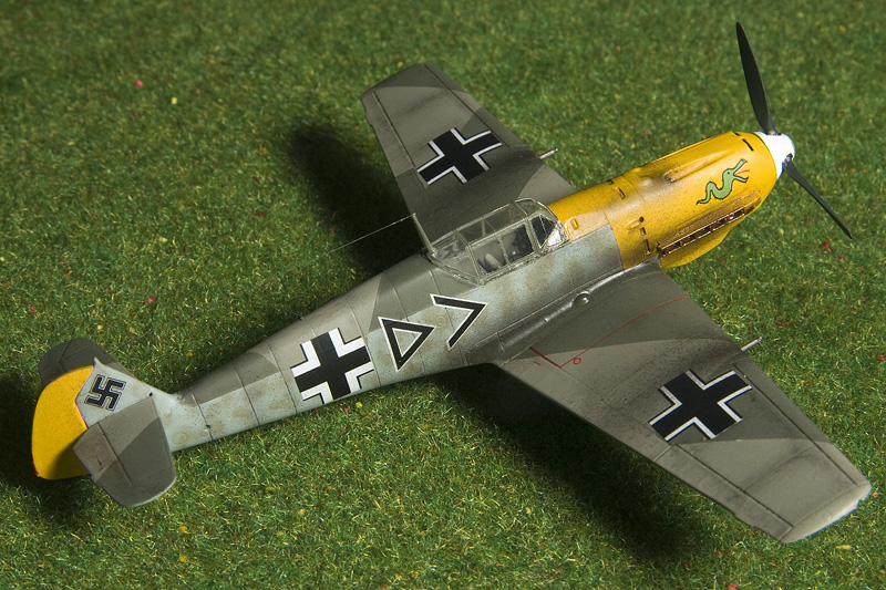 ICM Bf-109E-4 in 1/72nd scale. 8491_b10
