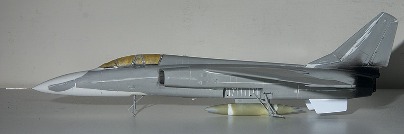 Yet another horrible Trumpeter kit! Xian JH-7 9144_j10