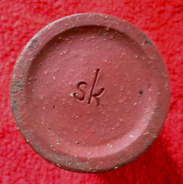 Small pottery vase marked sk.  20150214