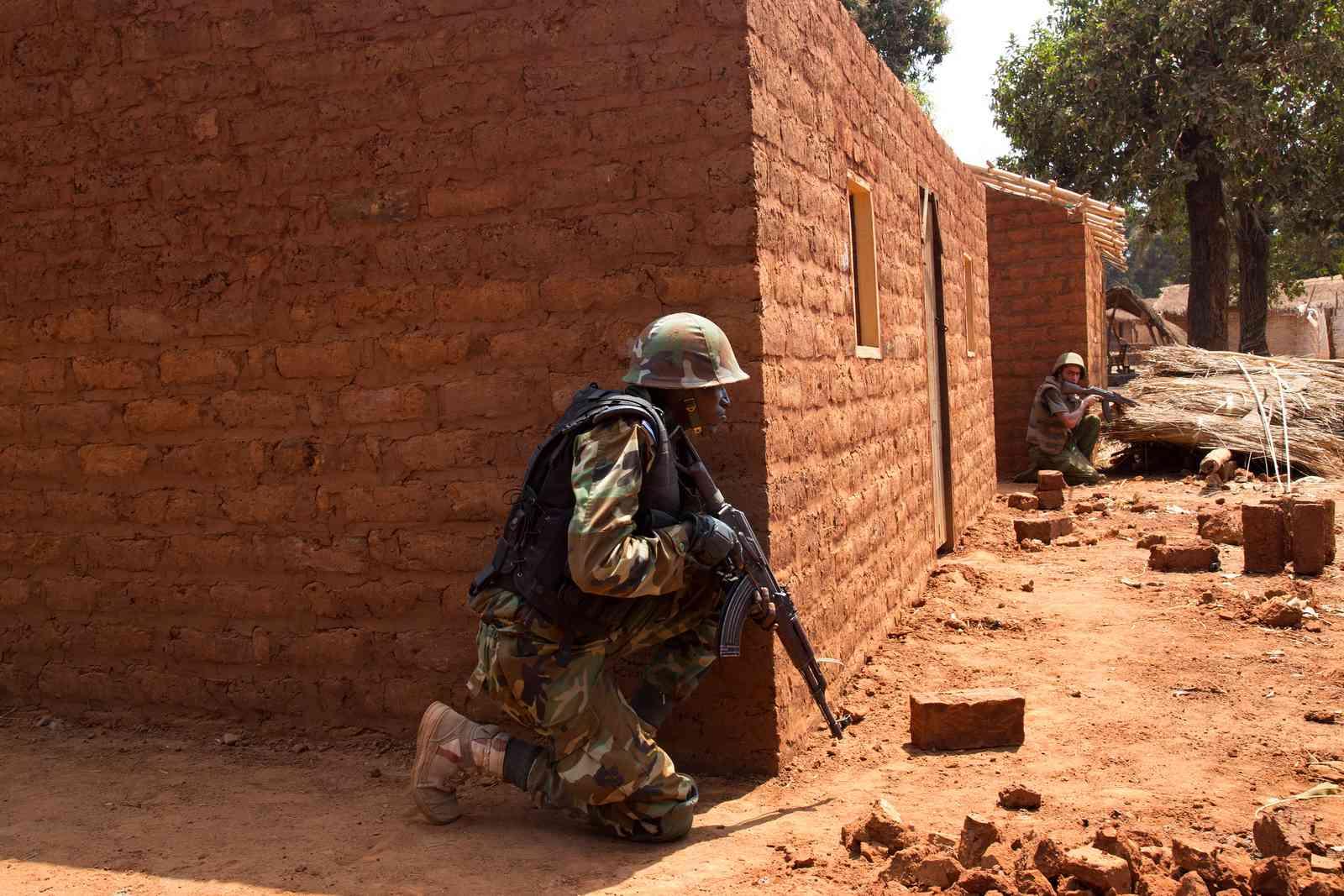 Maintien de la paix dans le monde - Les FAR en République Centrafricaine - RCA (MINUSCA) 16493210