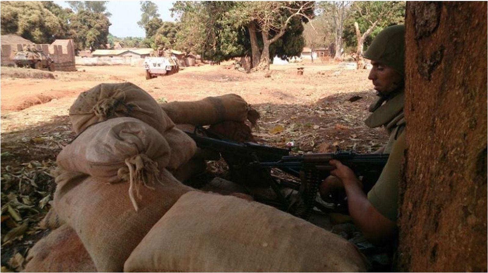 Maintien de la paix dans le monde - Les FAR en République Centrafricaine - RCA (MINUSCA) Sans_t19