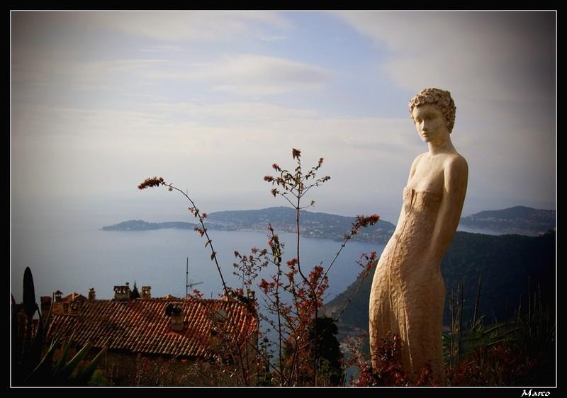 FIL ROUGE : Les sculptures M_r_9510