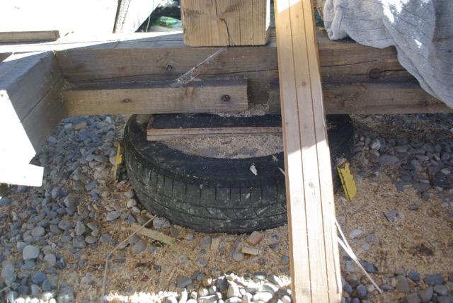 Construction seul et avec matériaux de récupération Imgp1510