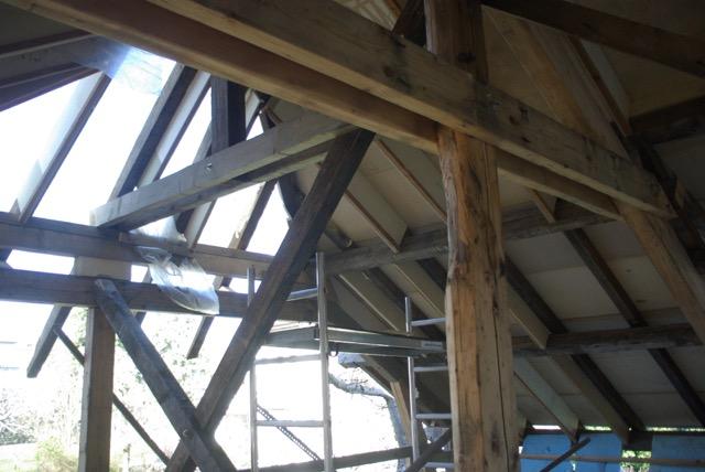 Construction seul et avec matériaux de récupération Imgp1512