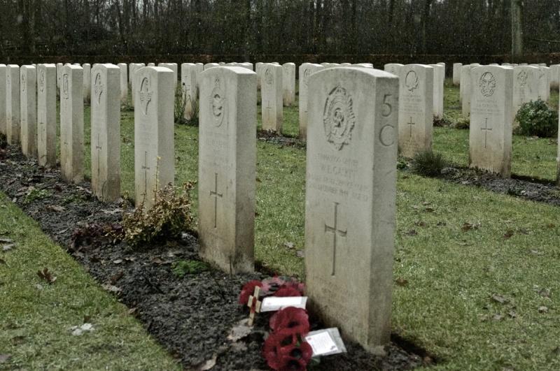 Commémorations de la bataille de BURE (Ardennes belges) _dsc3610