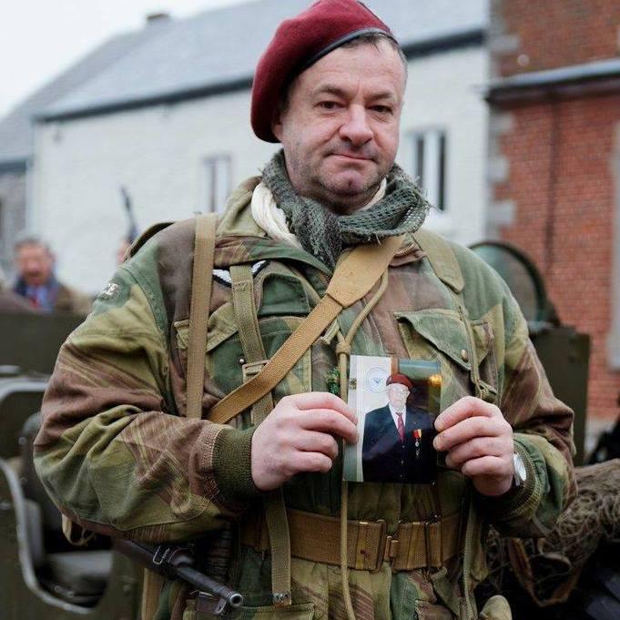 Commémorations de la bataille de BURE (Ardennes belges) Moi__b10