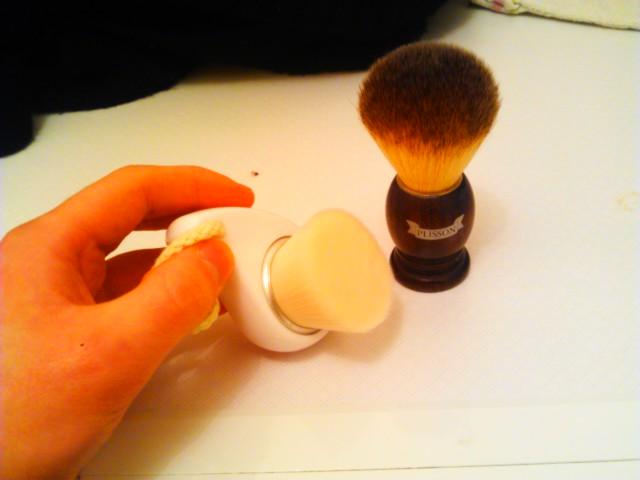 Brosse tosowoong pour nettoyer le visage Imag1515