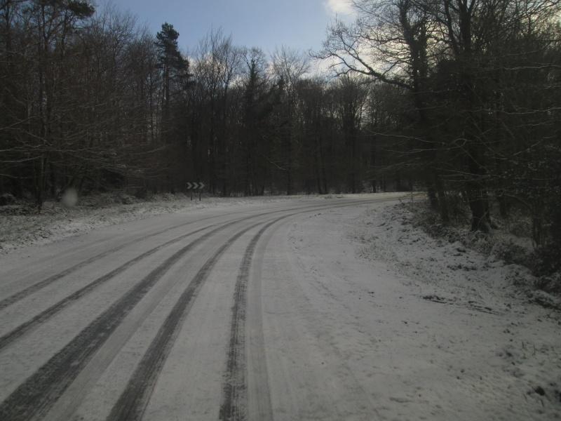 la neige est-elle arrivée chez vous ?  - Page 15 Route_14