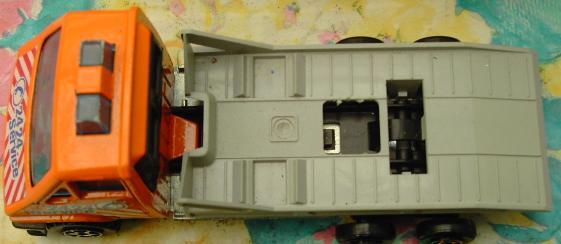 N°3025 Renault master dépanneuse Pict2711