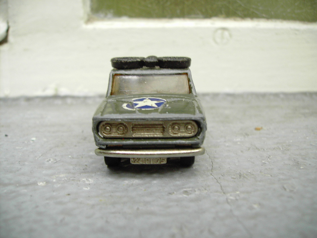 N°225 Dodge baché Pict3514