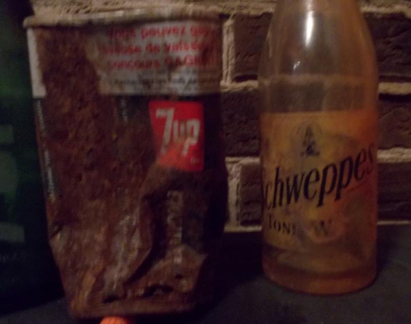 j - canette 7up & bouteilles Schweppes/qui peus me dire si je peus reclamé mon prix 7up Boutei12