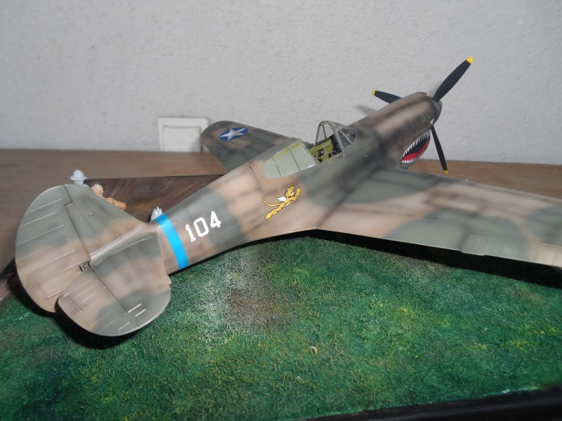P 40 E Flying Tigers - Chine 1942 - 1/32 Sam_2316