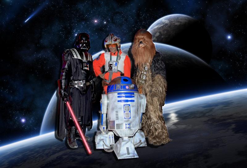 le R2-D2 a larsen life size - Page 11 Gqlqxi10