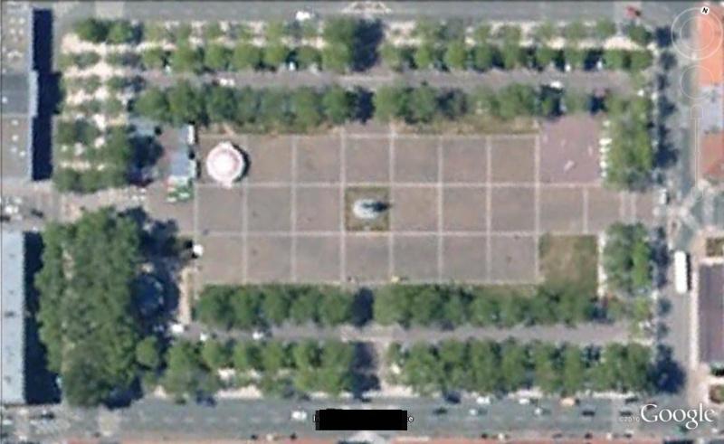 resolu : Place Napoleon a la Roche sur Yon Lm10