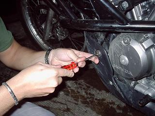 Sostituzione olio Honda Transalp. Soolio10
