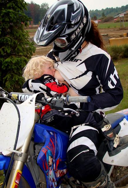 Moto cross des nations en France 18/09/2011 // et coin tout terrain - Page 2 Moto_f10