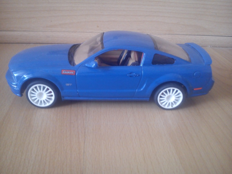 Ford Mustang GT 2005, Revell 1:24 Dsc_0032