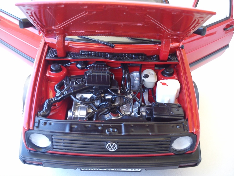 Norev VW Golf 2 CL  1:18 Dsc_0131