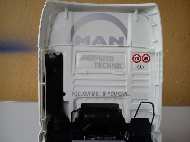 Italeri MAN TGX  Dsc_0153