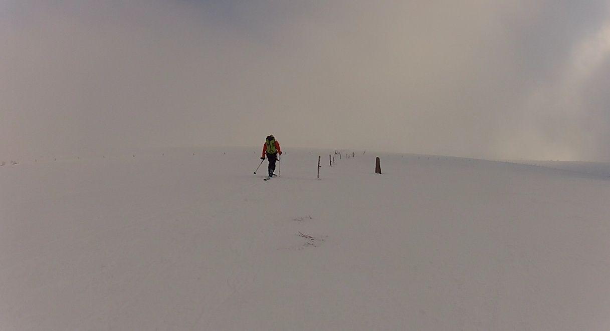 Credi 18 C'est Suppeyre le snowkite, Ah Peau le brouillard Rando210