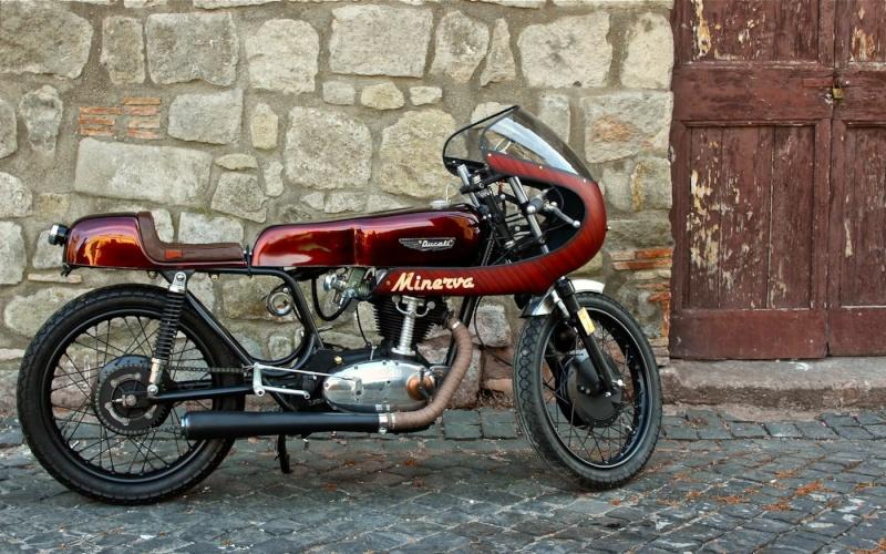 Ici on balance les Monos Ducati - Page 8 00111